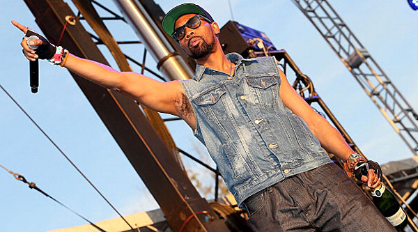 MANCHESTER, TN - JUNE 14:  RZA of Wu-Tang Clan performs during the 2013 Bonnaroo Music & Arts Festival on June 14, 2013 in Manchester, Tennessee.  (Photo by Gary Miller/WireImage)