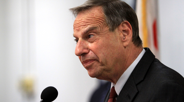 SAN DIEGO, CA - JULY 26: Mayor Bob Filner of San Diego speaks at a press conference announcing his intention to seek professional help for sexual harassent issues July 26, 2013 in San Diego, California. Mayor Filner had recently been accused of making unwanted sexual unwanted sexual advances by several female alleged vicitims. (Photo by Bill Wechter/Getty Images)