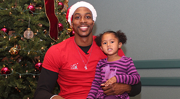 Photos Dwight Howard gives back for the holidays