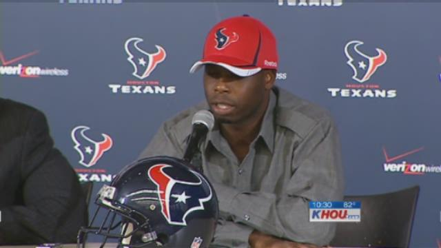 Texans introduce new defensive players Joseph, Manning