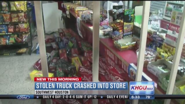 Suspects crash truck into SW Houston store