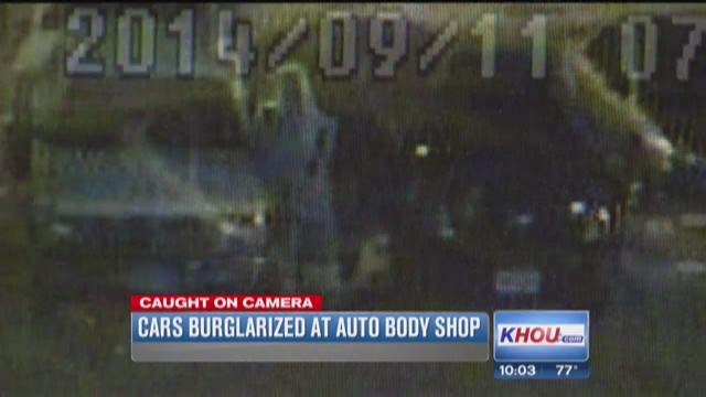 Burglars rob cars at Manvel repair shop
