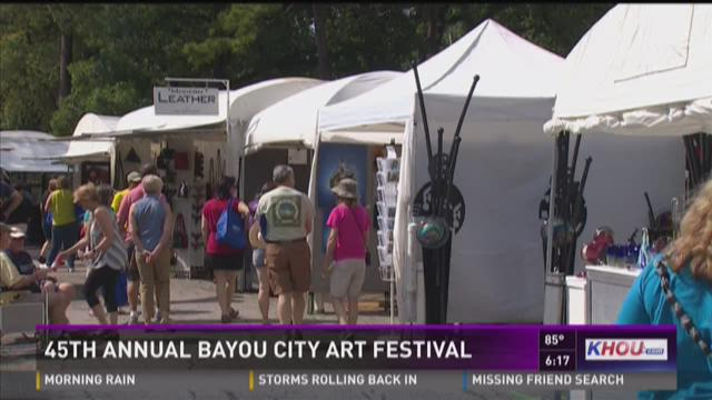 Houstonians enjoy 45th Annual Bayou City Art Festival