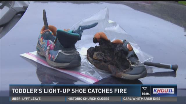 0093515b6c1 Payless Toddler Light-Up Shoes Pulled From Shelves, May Cause Fires ...
