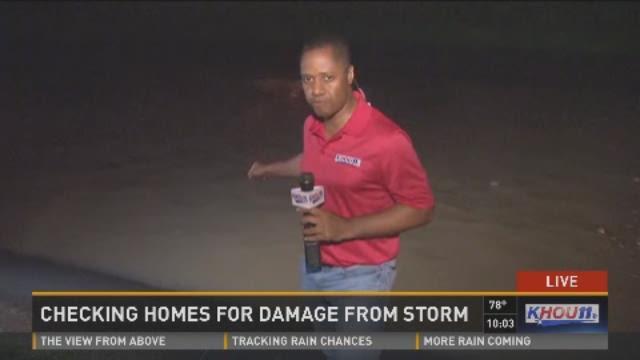 Residents near Brays Bayou deal with flood damage