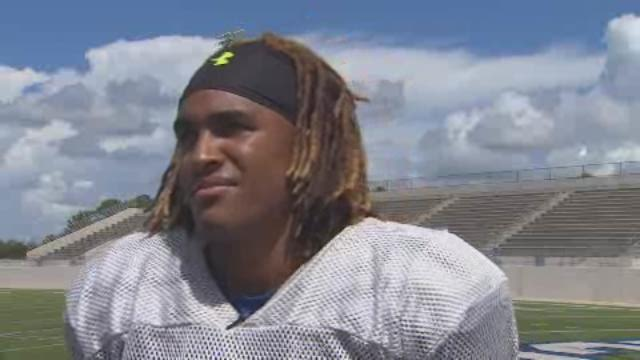 Congratulations to Channelview QB Jalen Hurts for being named the KHOU 11 Sports Athlete of the Week.