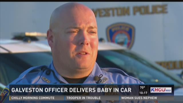 Galveston officer delivers baby in car